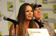 Мун Бладгуд, фото 112. Moon Bloodgood Cast Of TNT's Falling Skies At Comic-Con - July 22, 2011, foto 112