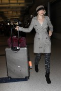 Rachel McAdams at LAX Airport, 29 September, x5