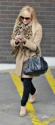 Эмма Бантон, фото 2255. Jan. 23th - London - Emma Bunton Leaving ITV Studios, foto 2255