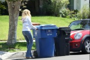 Rachel McAdams - booty in jeans taking out the trash in Beverly Hills 08/03/12